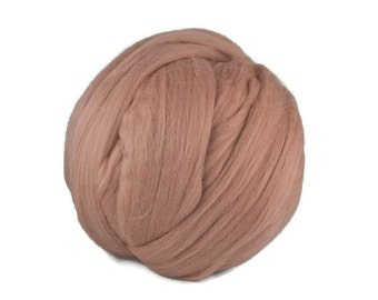 Merino wool roving,19 microns, color: Lace