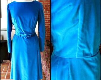 50s Velvet Dress / fits M / 1950s Turquoise Velvet Dress / Vintage Velveteen Dress / Blue Velvet Dress / Vintage Blue Velvet Dress