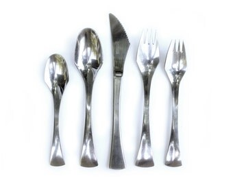 CLEARANCE Oxford Hall Venus Flatware Set 30 Pieces Mid Century Modern Stainless Steel
