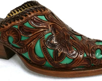 Corral Boots Teal Tooled Overlay Mule in size 7M