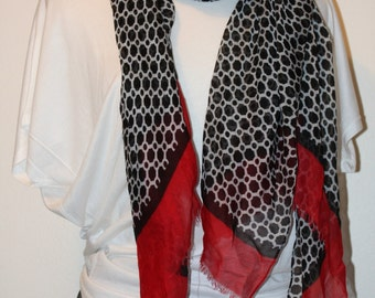 Red and Black Honeycomb Scarf
