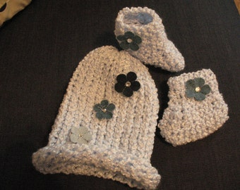 Baby girl Blue Hat and Booties set