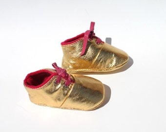 0-3 Months Slippers / Baby Shoes Lamb Golden Glitter Dore Pink