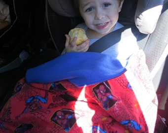 Little Boy/Toddler car seat Spiderman Stay-With-Me Toddler Carseat Blanket Reversible