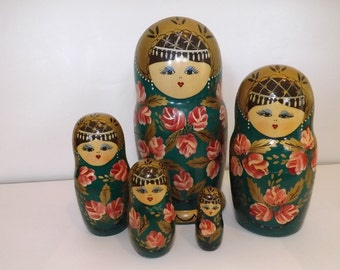 Russian Nesting Dolls by Cepzueb Nocag 1992