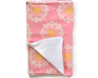 Baby Girl Pink Medallion Burp Cloth / Baby Girl Burp Cloth / Baby Shower Gift / Burp Cloth