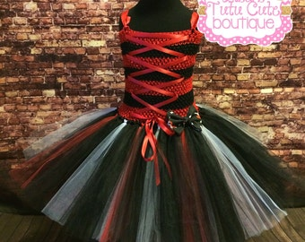 Pirate tutu dress. Pirate birthday. Pirate tutu. Pirate wedding. Pirate costume. Pirate day. Red and black dress. Red and black tutu.