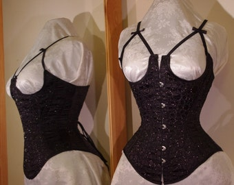 Made-to-measure tightlacing corset - underbust with busk
