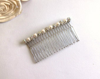 White pearl and crystal hair comb, Swarovski pearl comb, crystal hair accessories, Swarovski Elements, wedding accessories, bridal comb