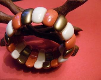 Nice Acrylic Vintage Stretch Bracelet.