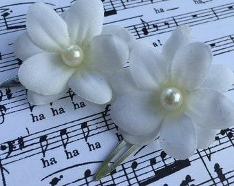 White Flower Hair Clip - Set of 2