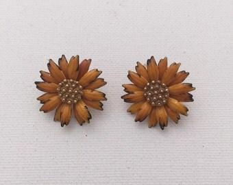 Vintage Orange Enamel and Gold Daisy Earrings
