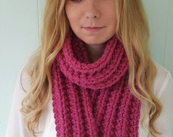 Ribbed Scarf - Berry