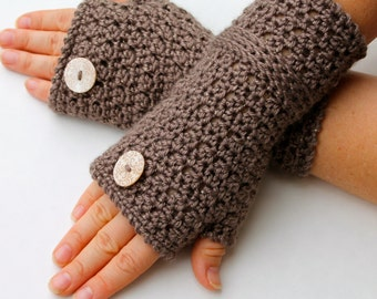 crochet pattern -  fingerless gloves crochet pattern pdf file wrist warmers fingerless mitts pattern Roxette Wristers