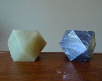 Natural Marble Stone Geometrical Paperweights