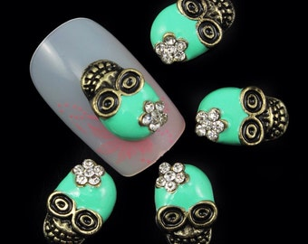 4 Green Sugar Skulls Nail Art