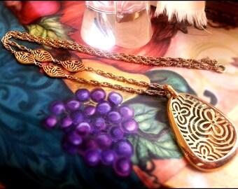 Vintage Trifari Extra Long Gold Tone Statement Necklace