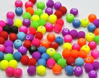 100Pcs  Mixed Neon color rubberized  Acrylic Beads -8mm (S013)
