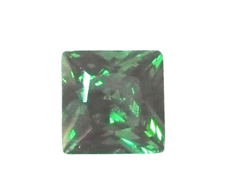 6x6 mm, emerald green CZ, princess cut