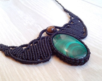 Necklace set with Malachite's macrame