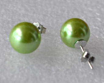 big green pearl earrings, 4 - 10 mm grass green bead earring, round pearl green stud earrings, bridesmaid Green Glass Pearl earrings