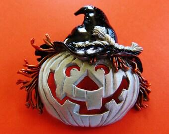 JJ Jonette Silver Pewter Halloween Jack-O-Lantern Scarecrow Brooch Pin