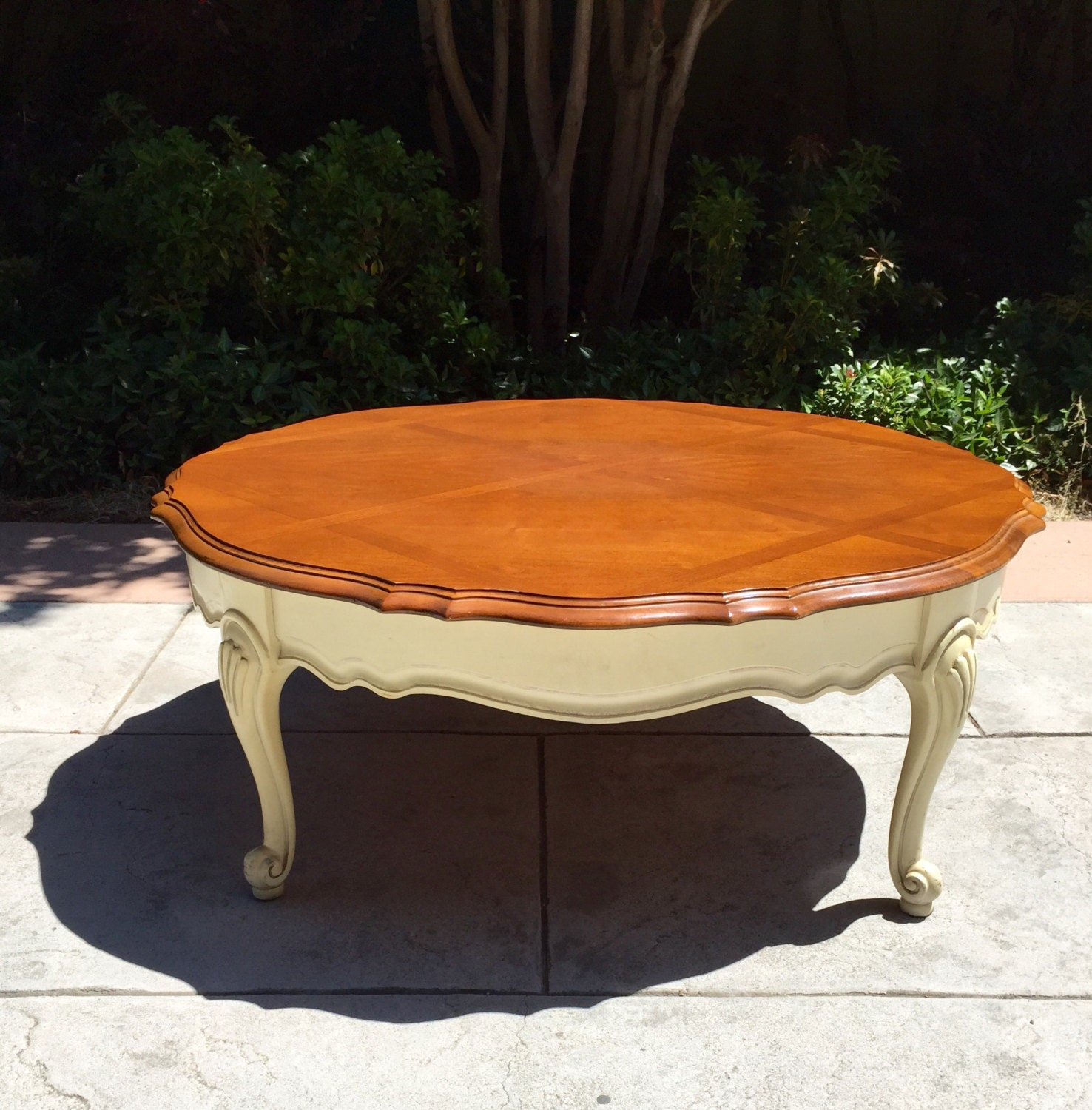 French Provincial Oval Coffee Table: French Provincial Round Antique Scalloped Two Tone Wood