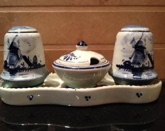 Vintage signed Delft 5-piece condiment set -salt pepper and mustard server in tray