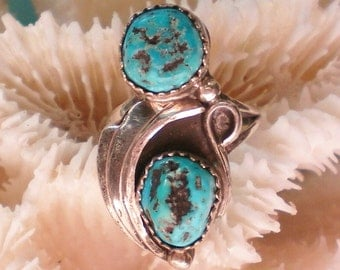 Native American Turquoise Silver Ring - 4010