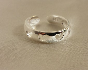 Adjustable Hearts toe ring - .925 Sterling Silver - Toe Ring or knuckle ring