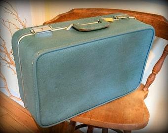 1960's Invicta Suitcase