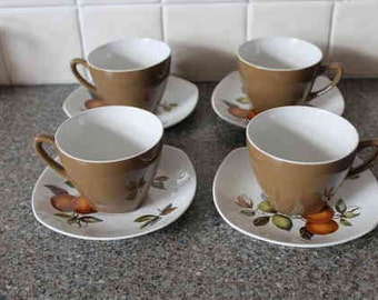 Mid Century 4 cups and saucers
