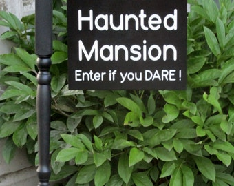 Front Door Decor, The Haunted Mansion Enter if you Dare Post, Hanging Sign Post, Decorative Post