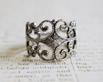 Vintage Filigree Ring Antiqued Rhodium Plated Silver Tone Ring Edwardian Made in USA R#553