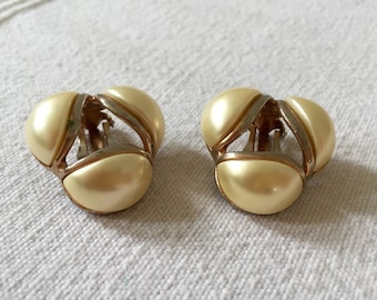 Vintage Signed KRAMER Gold Tone Clip On Large Earrings