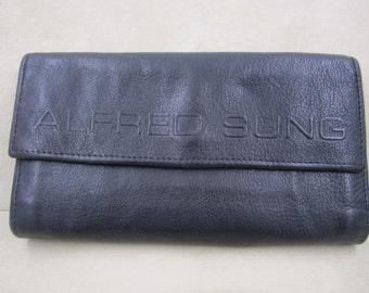 Vintage Alfred Sung Designer Black leather wallet