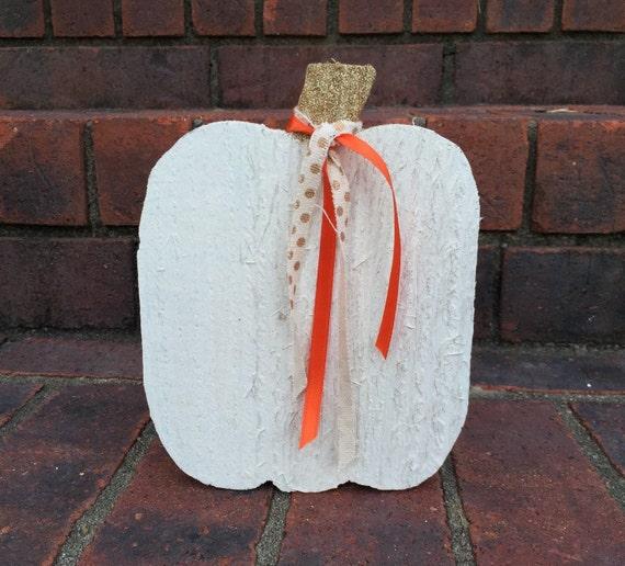 Wooden Mini Pumpkin in White