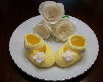 Yellow Baby Booties, Yellow Baby Shoes, Yellow Baby Girl Shoes, Yellow Newborn Booties, Yellow Crib Shoes, Yellow Crochet Baby Booties