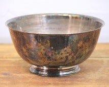 Vintage Paul Revere Reproduction Silver plate bowl. Tarnished Oneida