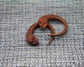 """2g Gauges Spiral Skull Ear Stretcher, 1/4"""" 6mm 2ga Gauges, Skull Carving Ear Expander Gauges Earrings"""