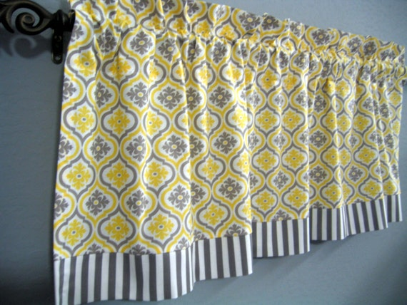 items similar to yellow gray white geo stripe kitchen curtain valance on etsy. Black Bedroom Furniture Sets. Home Design Ideas