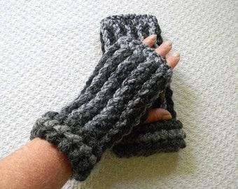 Wrist Warmers, Fingerless Gloves, Fingerless Mittens, Texting Gloves, Grey Stripe Fingerless Gloves
