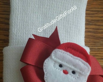 FLaSH SaLE Baby Hat. Christmas Newborn Hospital Hat. Newborn Beanie.  Thick White with Bow and Santa! Pretty White. You choose Bow Placement