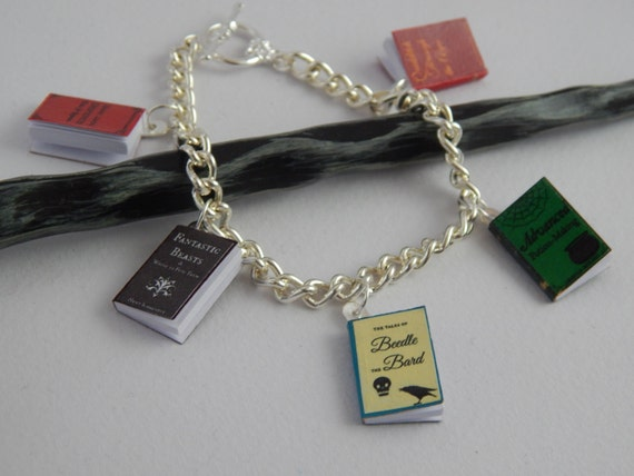Harry Potter Inspired Charm Bracelet - Beedle the Bard, Dark Arts Defence, Potion-Making, Quidditch & Fantastic Beasts
