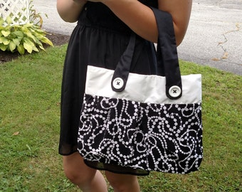 Black and White Lined Purse