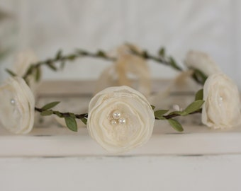 Flower Garland, Flower girl garland, vintage wedding fabric flowers