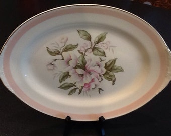 """Vintage Homer Laughlin Eggshell Platter <> Nautilus Pink Pedal <> USA <> 13 1/2"""" X 10 1/2"""" <> Oval Platter <> 1950's <> Excellent Condition"""