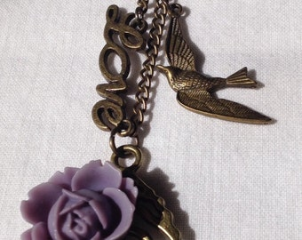 Leaf and swallow summertime pendant