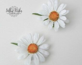 Daisy Hair Clips, A Pair of White Daisy Hair Accessories, Floral Hair Accessories, Artificial Flower Hair Accessories, Daisy Hair Flower
