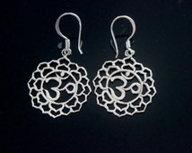 Om earrings aum, yoga zen symbolic earrings, sterling silver Bali ethnic handmade woman jewelry
